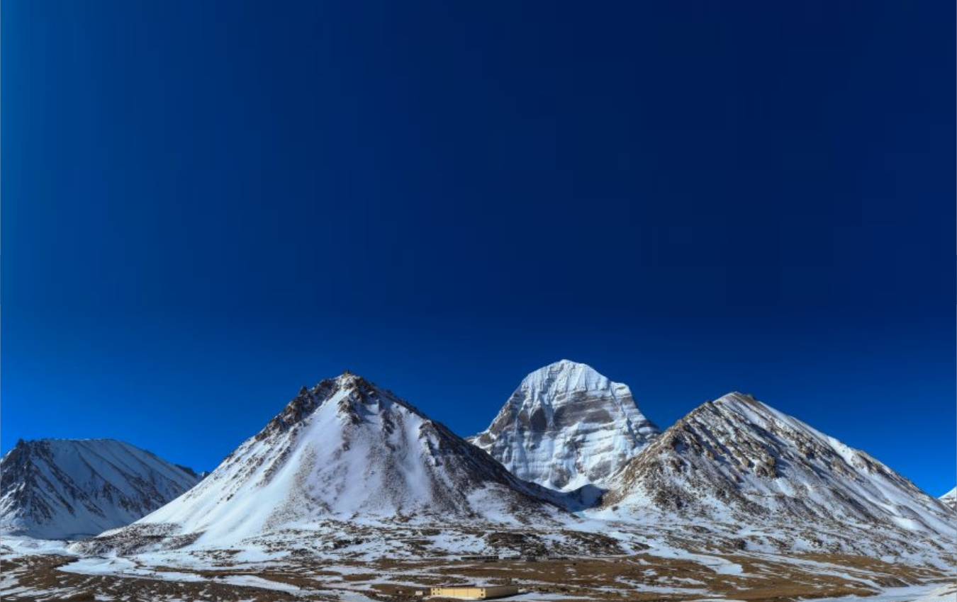 The majestic of Himalayas solemn side