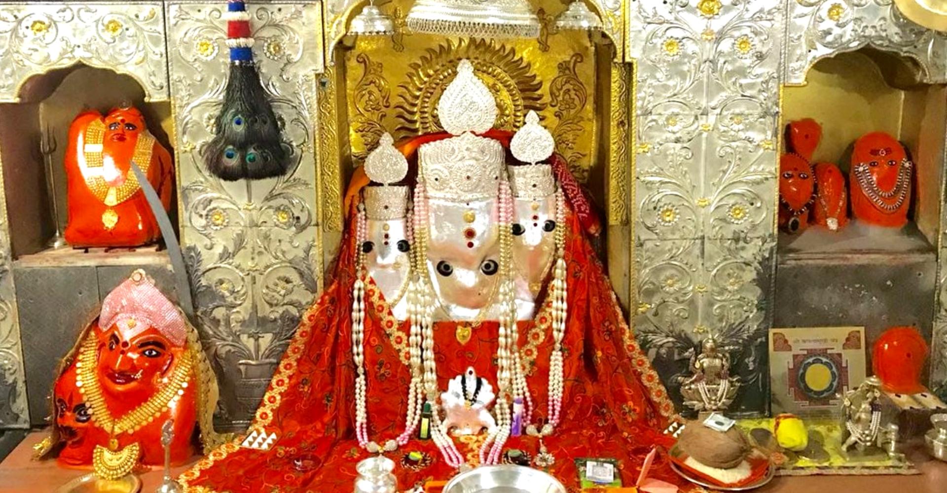 Puja at Baglamukhi Mandir