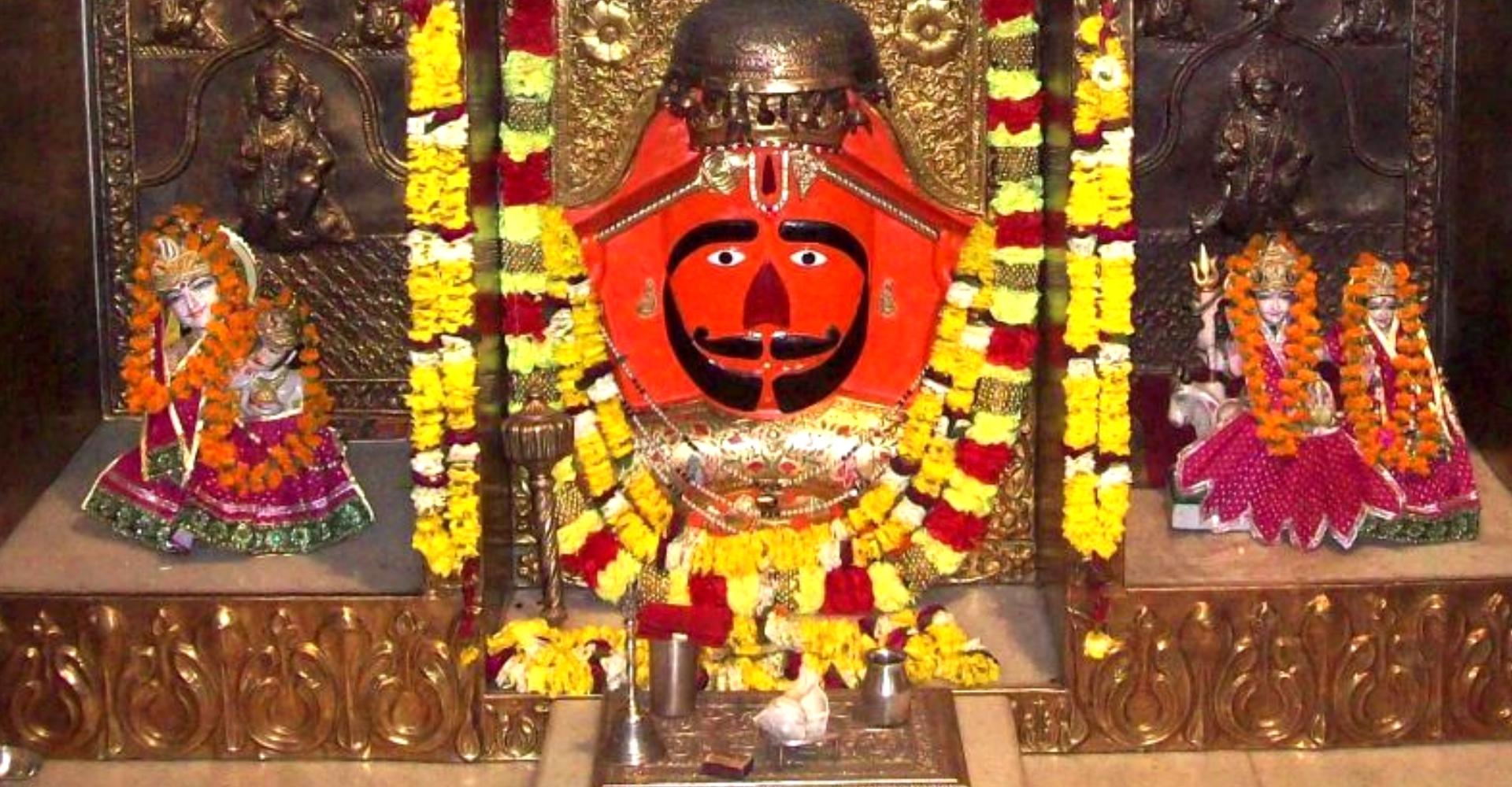 Puja at Salasar Balaji Temple